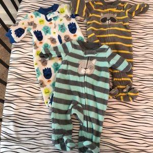 Simple Joys by Carter's Baby Fleece Footed Sleeper